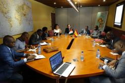 Presentación a Costa de marfil