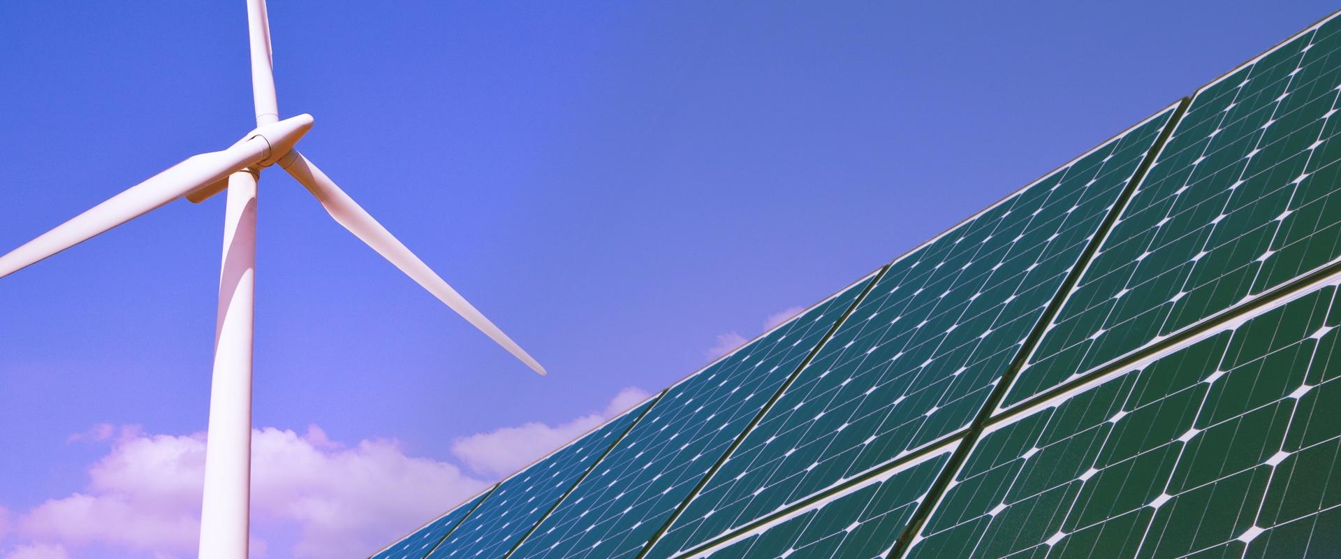 Sector energía, imagen de molino eólico y placa solar